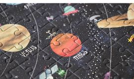 POCKET DISCOVER THE PLANETS 100 PECES -LONDJI