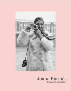 JOANA BIARNES. DISPARANT AMB EL COR