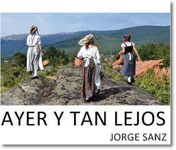 AYER Y TAN LEJOS